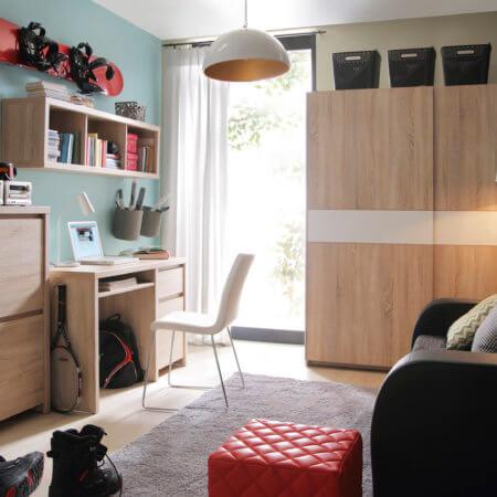 Как украсить детскую спальню?